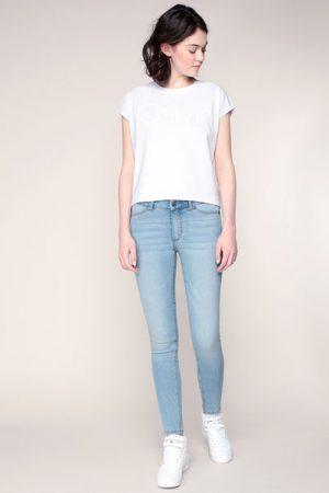T-shirt blanc message imprimé stylisé – Calvin Klein